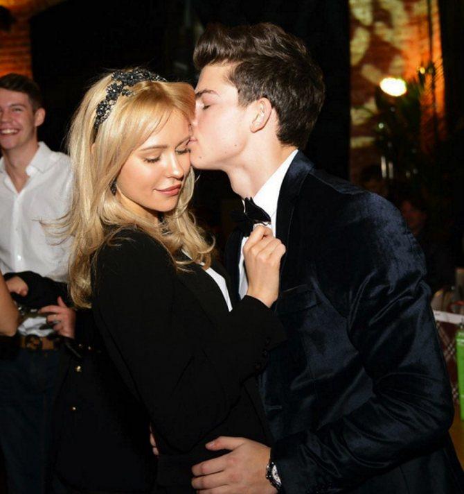 Фолловеры не скупятся на комплименты и отмечают, что Филипп и Анна — очень красивая пара. Фото: Личная страничка героя публикации в соцсети