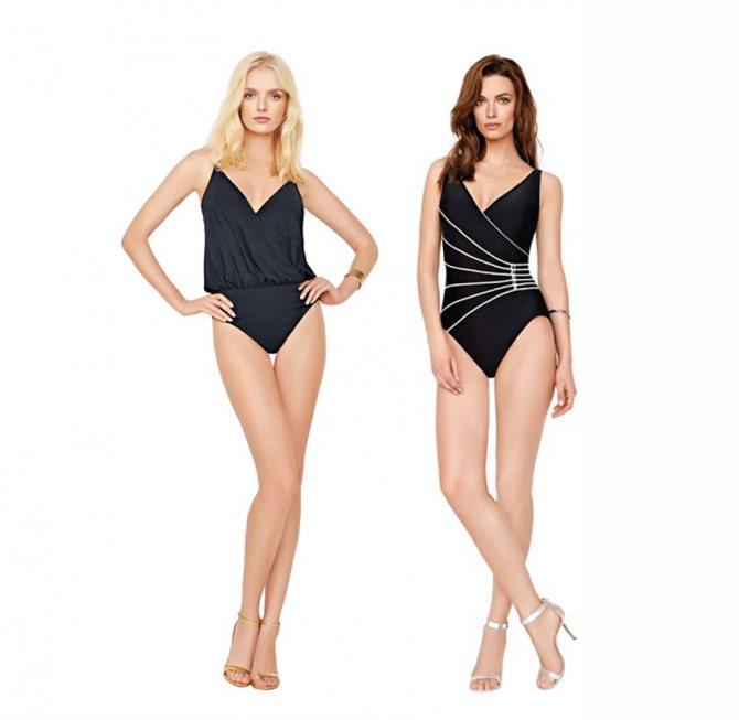 Фото 1. Черный купальник гораздо эффектнее смотрится на шатенках, чем на блондинках и девушках со светлой кожей.