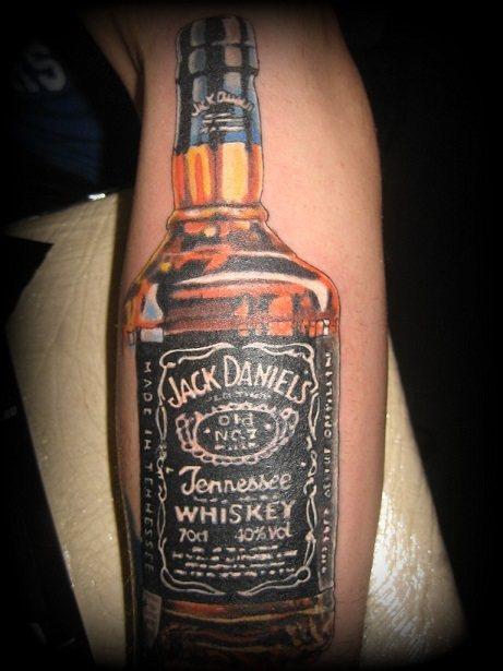 фото алкогольной татуировки