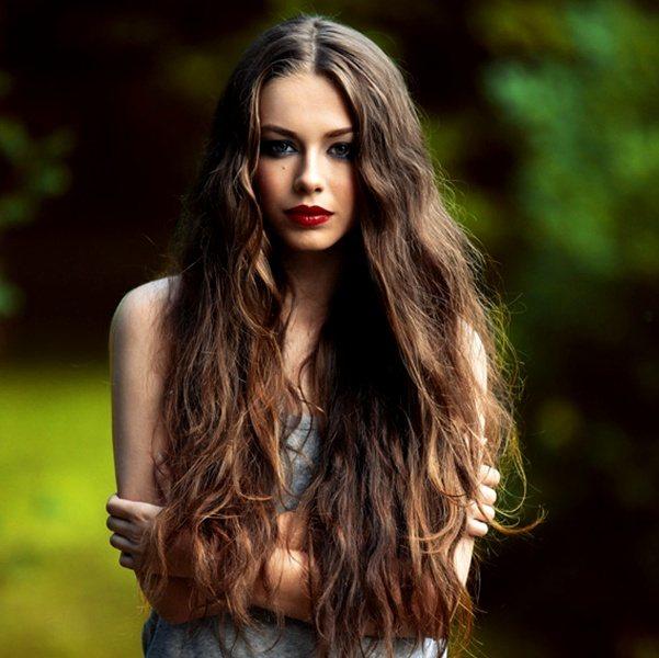 Фото девушки с ухоженными волосами