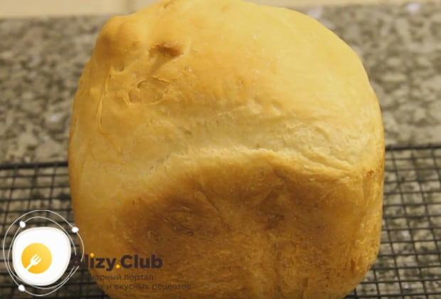 Французский хлеб в хлебопечке по такому рецепту получается невероятно нежным и воздушным.