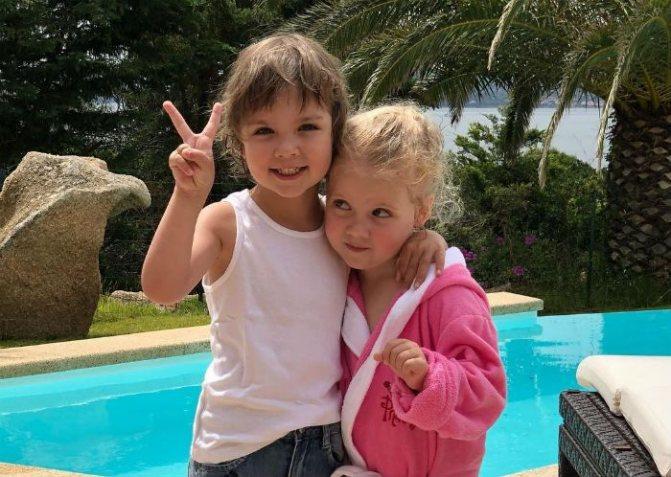 Гарри Галкин с сестрой фото