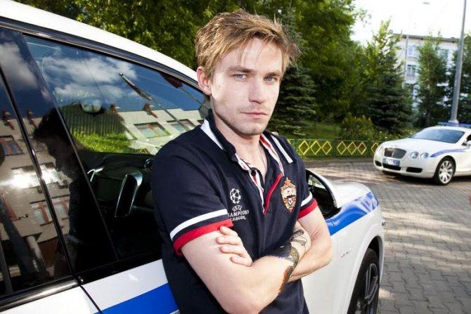 Главный актер полицейский с рублевки