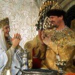 Головные уборы русского царя и царицы
