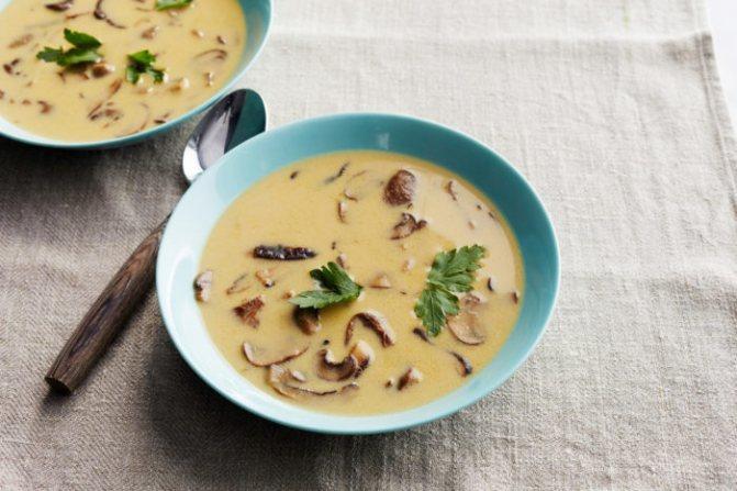 Густой сытный крем-суп из опят с сыром