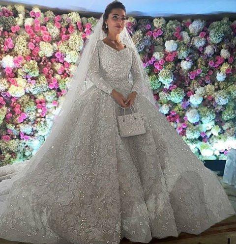 Хадижа Ужахова стала известна на всю страну после шикарной свадьбы с Саидом Гуцериевым