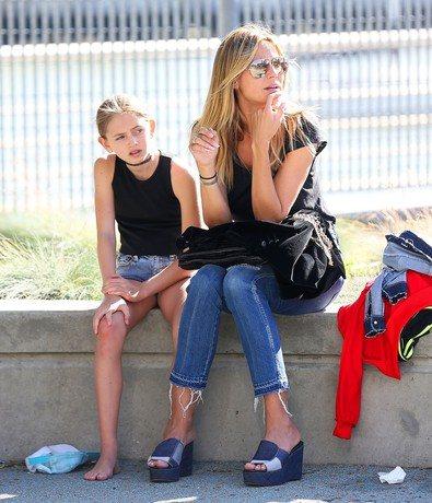 Хайди Клум со старшей дочерью Лени от отношений с Флавио Бриаторе