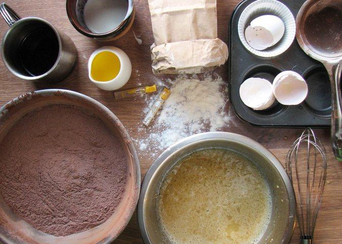 Ингредиенты для бисквитной основы