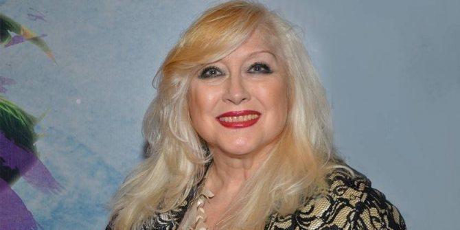 Ирина Мирошниченко с длинными волосами