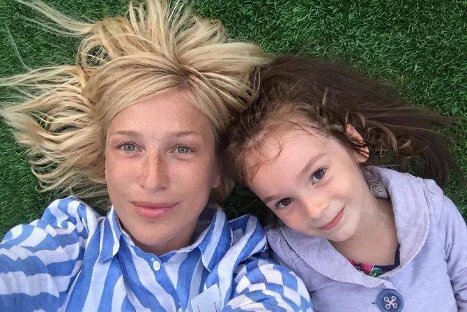 Ирина с дочкой Василисой