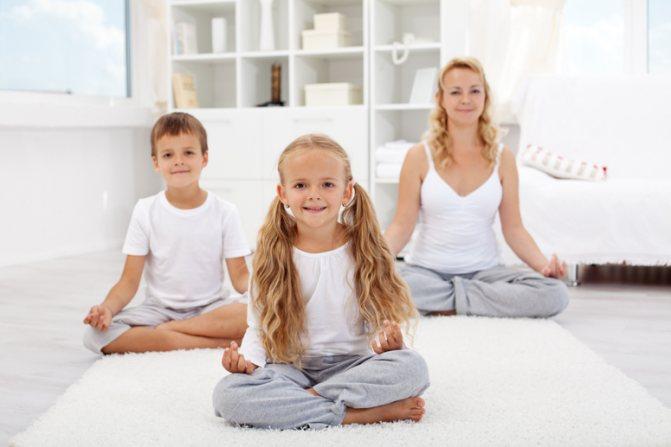 йога дома, семейная йога, детская йога