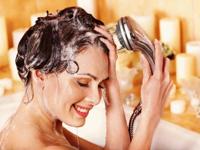 К чему снится мыть голову по сонникам?