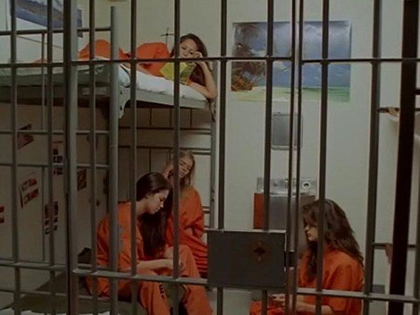 к чему снится тюрьма беременной женщине