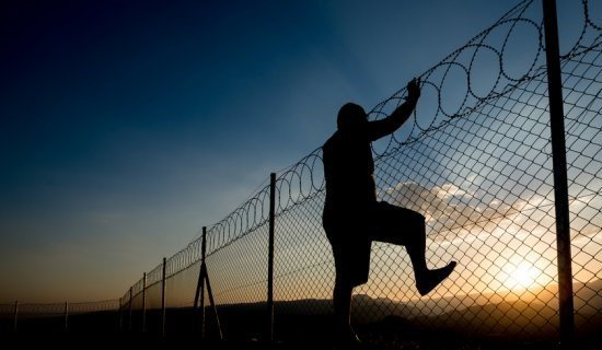 к чему снится тюрьма женщине сонник