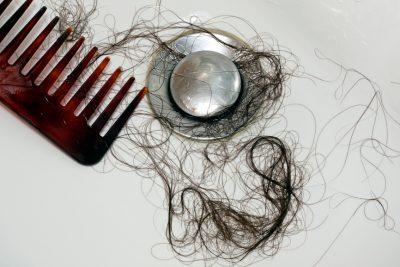 Как часто мыть голову при выпадении волос