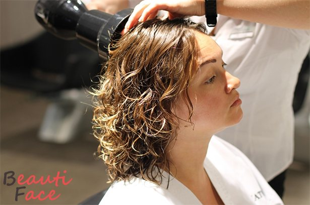Как делают биозавивку волос в салоне
