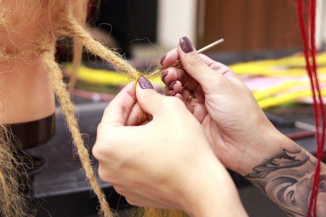 Как делают дреды: плетение