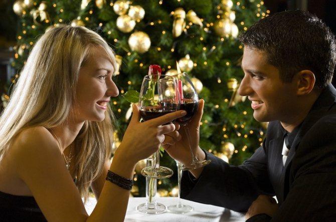 Как ещё можно отметить Новый Год с мужчиной в романтической обстановке?