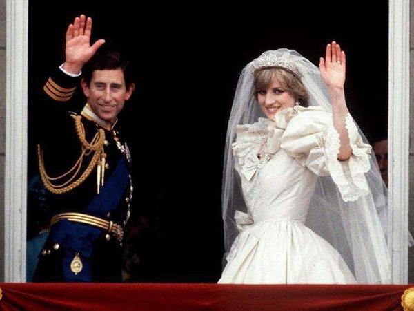Как Камилла Паркер Боулз попала на свадьбу принца Чарльза и принцессы Дианы