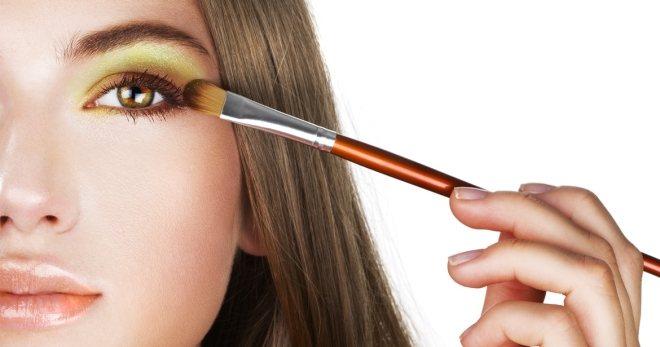 Как красиво накрасить глаза – 42 фото-примера на все случаи жизни