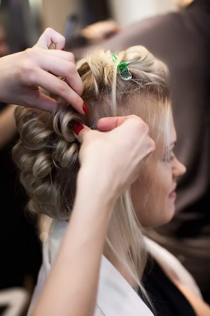 как накрутить волосы без бигудей