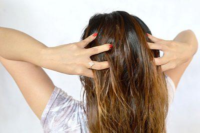 Как наносить масло на волосы после мытья