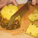 как нарезать красиво ананас