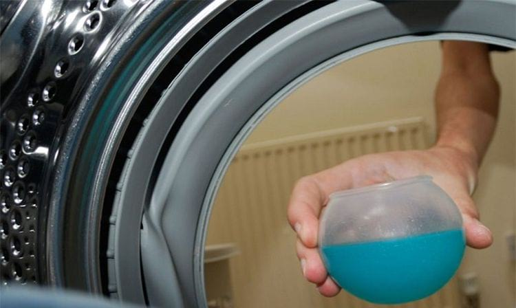 Как очистить искусственный мех в условиях дома: чистка белой шубы от грязи