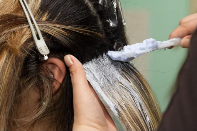 Как окрасить волосы правильно