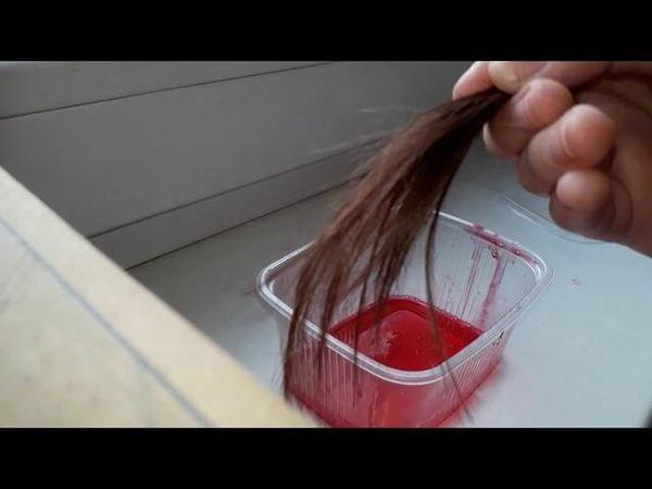 Как покрасить концы волос гофрированой бумагой