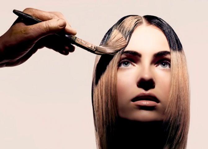 Как покрасить пряди на один день, используя обычные тени для макияжа век