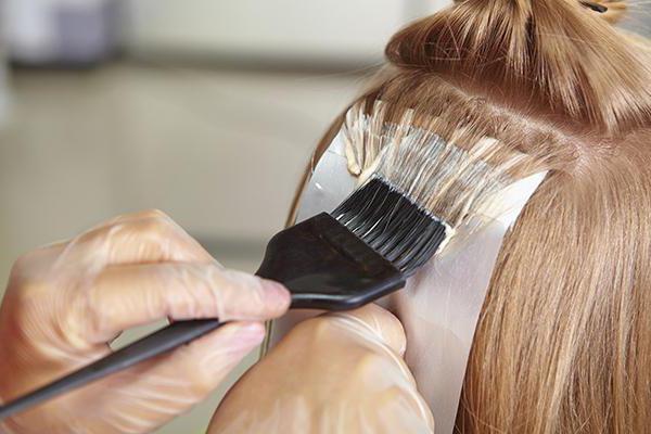 как покрасить волосы в черный без вреда