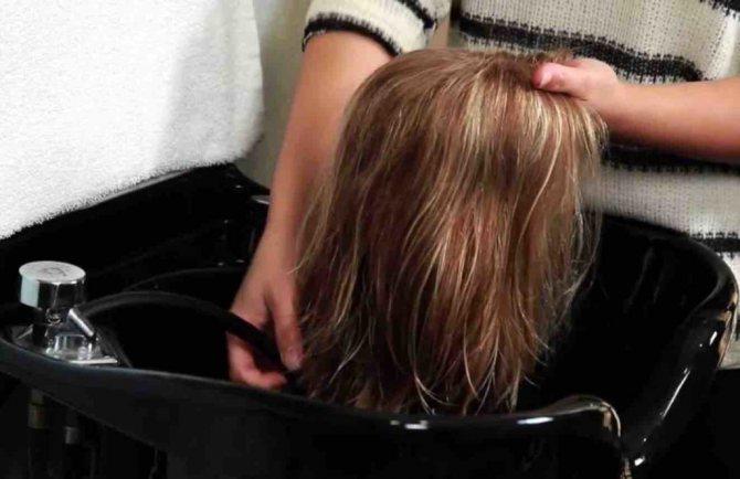 Как постирать, расчесать парик из искусственных и натуральных волос: инструкция