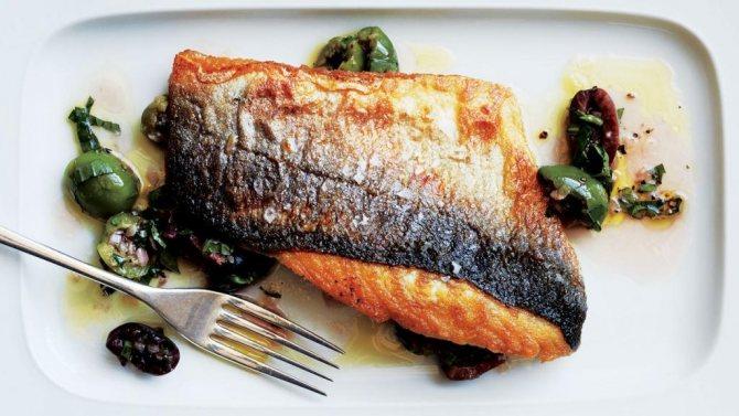 Как пожарить рыбу в духовке с корочкой: рецепты и советы