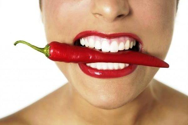 Как правильно целоваться с языком. Искусство французского поцелуя