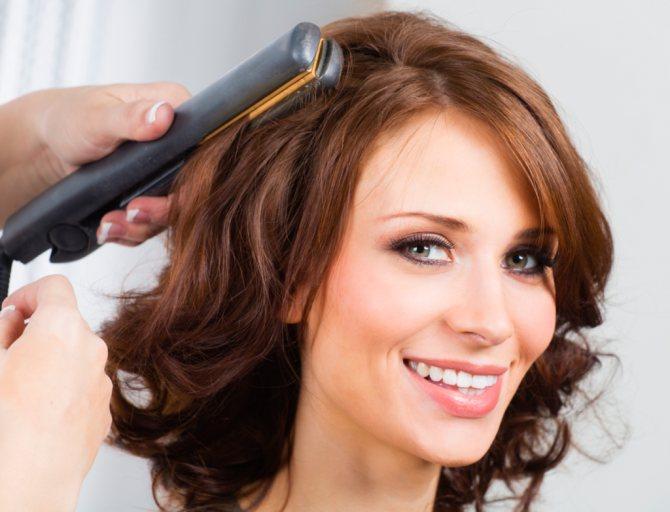 Как правильно выбрать утюжок для волос?