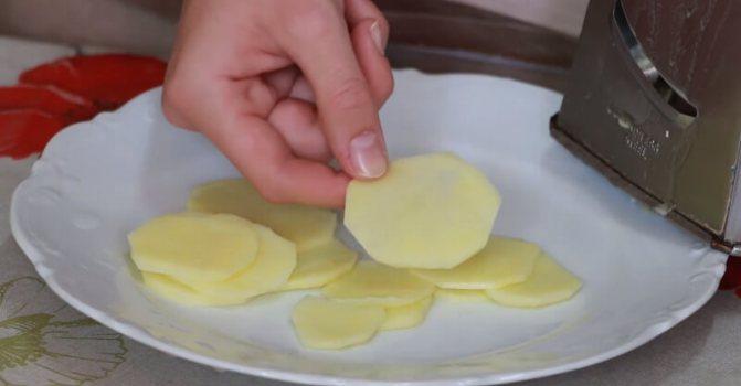 как приготовить чипсы на сковороде