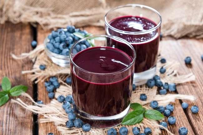 Как приготовить компот из замороженных ягод: вкусные сочетания и технология приготовления
