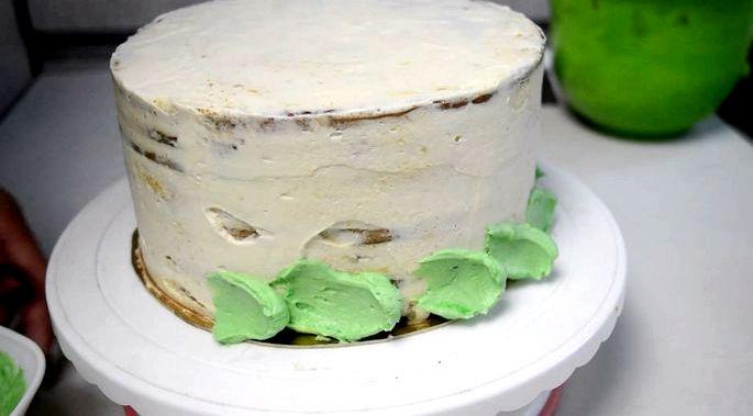 Как приготовить творожный крем для торта Лучше просеять пудру перед добавлением