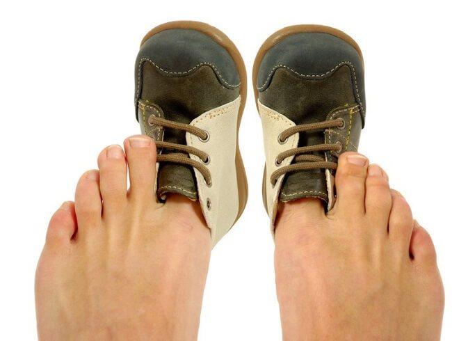 как растянуть детскую обувь