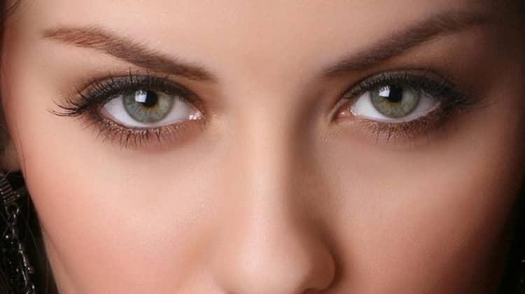 Как сделать дневной макияж для серо зеленых глаз