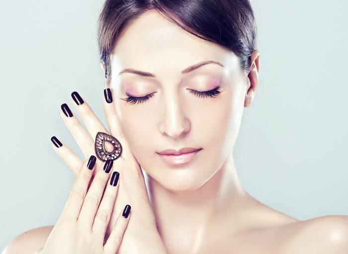 Как сделать кожу лица фарфоровой в домашних условиях с помощью доступных средств?