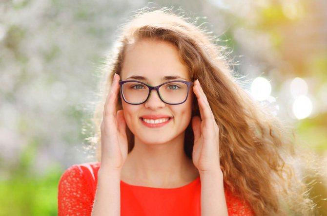 Как сделать макияж под очки