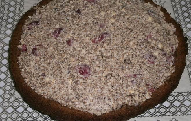 Как сделать вкусный нестандартный торт из готовых бисквитных коржей