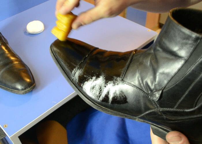 Как уберечь обувь от соли: простые рецепты