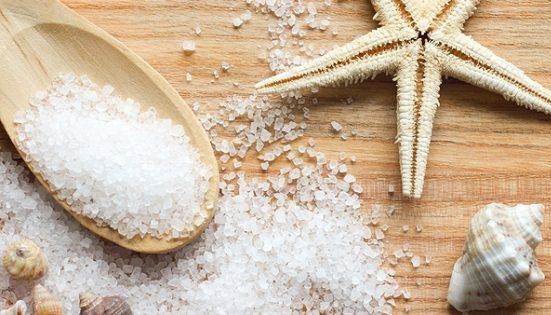 Как убрать перхоть с головы в домашних условиях быстро и эффективно: лечебные шампуни, масла, морская соль, сода