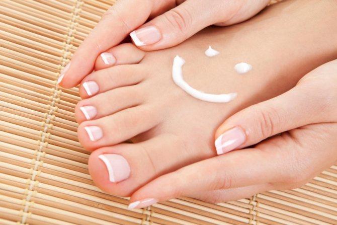 Как ухаживать за ступнями и ногтями в домашних условиях