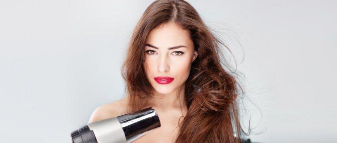 Как укладывать волосы феном