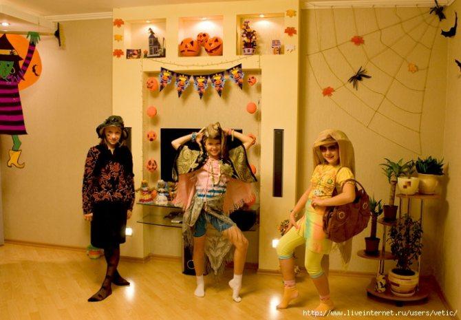 как украсить класс на хэллоуин