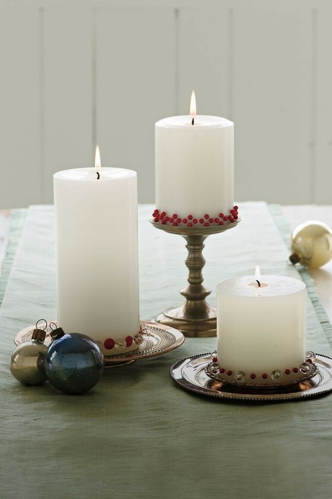 Как украсить новогодний стол: 16 идей
